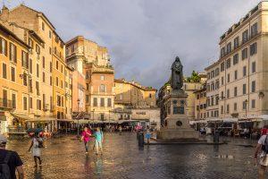 Le Campo de' Fiori, le marché aux fleurs de Rome