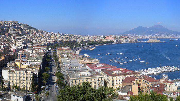 baie de Naples et le Vésuve