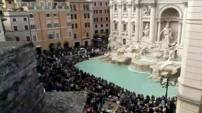 fontaine de Trevi depuis une webcam