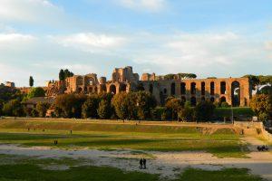 Découvrez les vestiges du Cirque Maximus à Rome