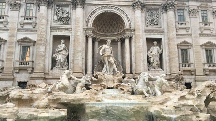 la fontaine de trevi rome