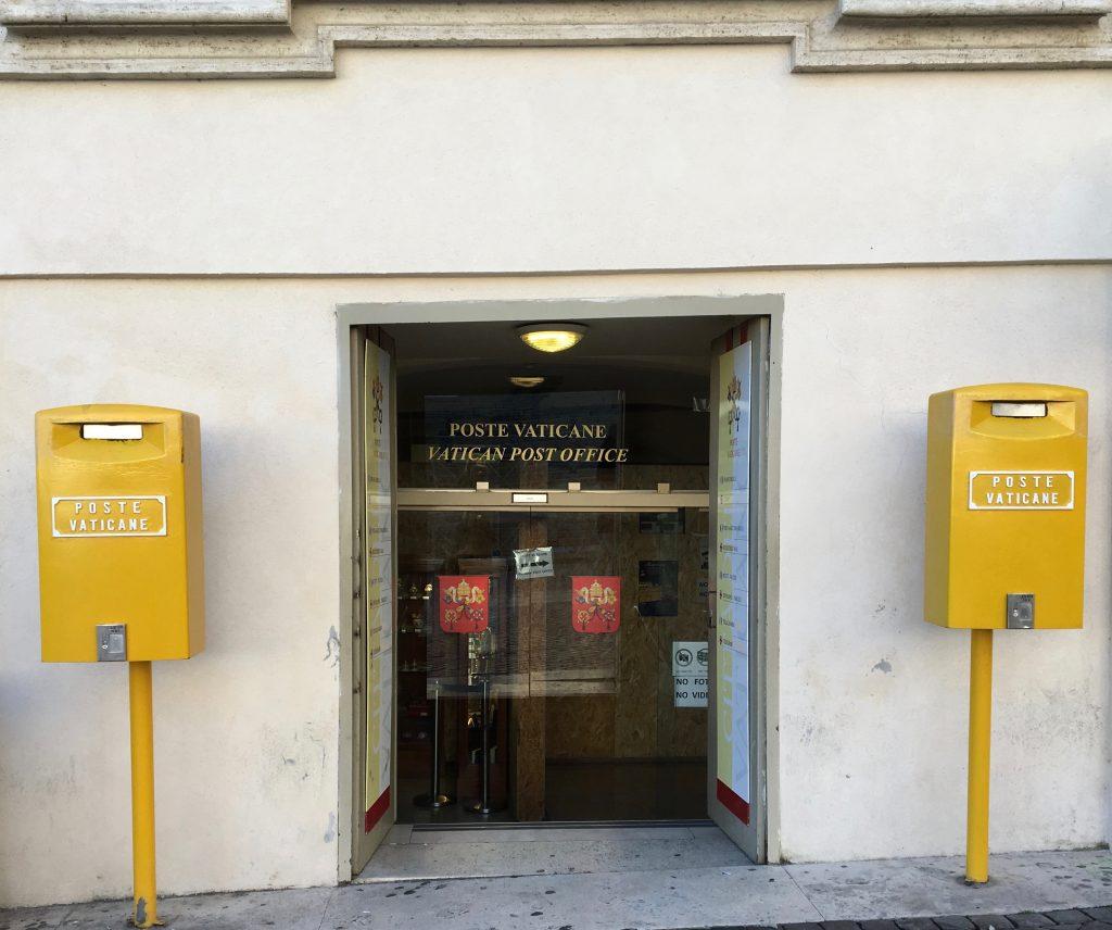 Le bureau de poste du Vatican.