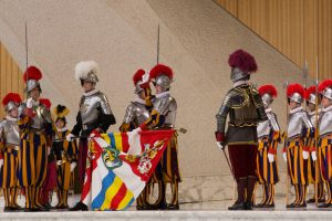 5 choses à savoir sur les gardes suisses du Vatican
