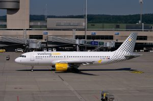 avion vueling low cost
