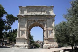 mont Palatin arc de titus rome