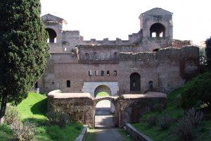 Une balade le long des Murs d'Aurélien à Rome