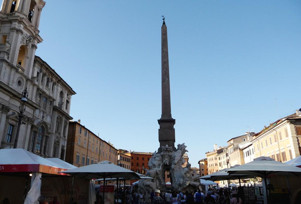 obéliques rome piazza navona
