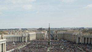 Pâques à Rome, place Saint-Pierre.