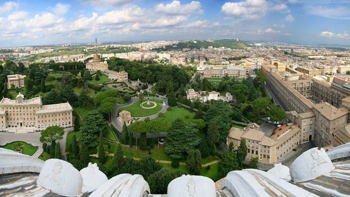 Comment visiter les jardins du vatican et la chapelle sixtine bubblerome for Jardins a visiter
