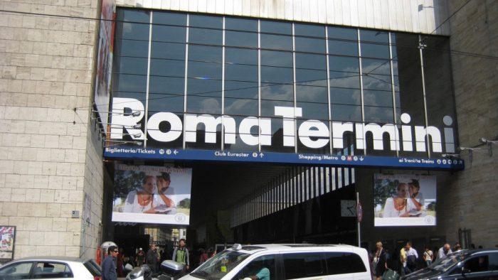 Gare train Rome Termini.
