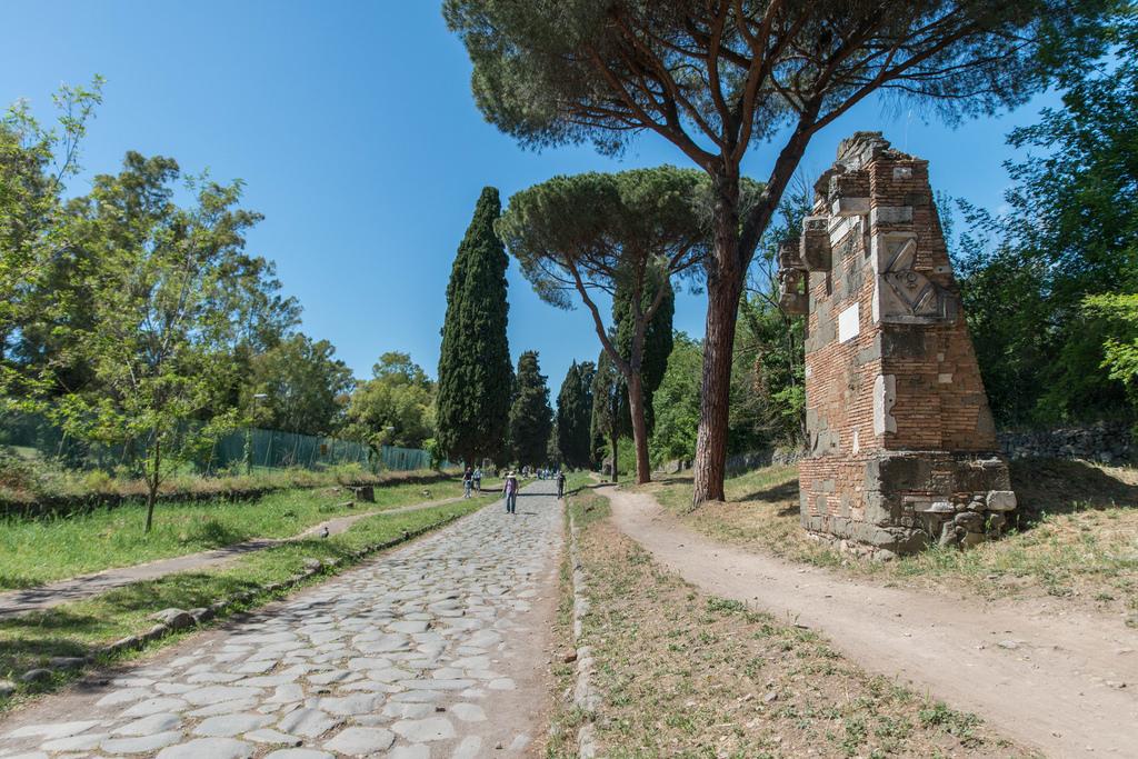 Via Appia Antica romains rome