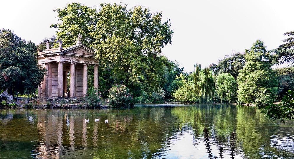 Le jardin de la Villa Borghese, à Rome.