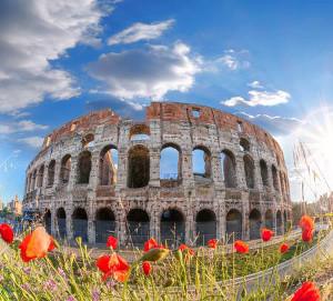 colisée-avec-des-fleurs-de-printemps-rome