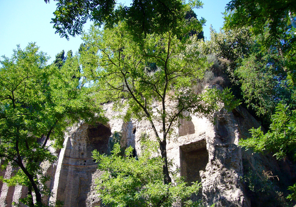 Via Claudia chemins Rome