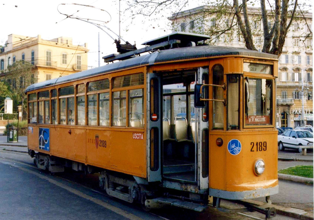 Vieux tramway Rome.