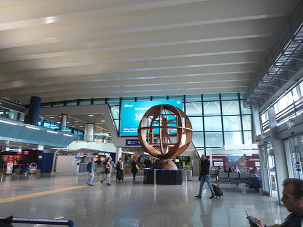 aeroport de fiumicino a rome
