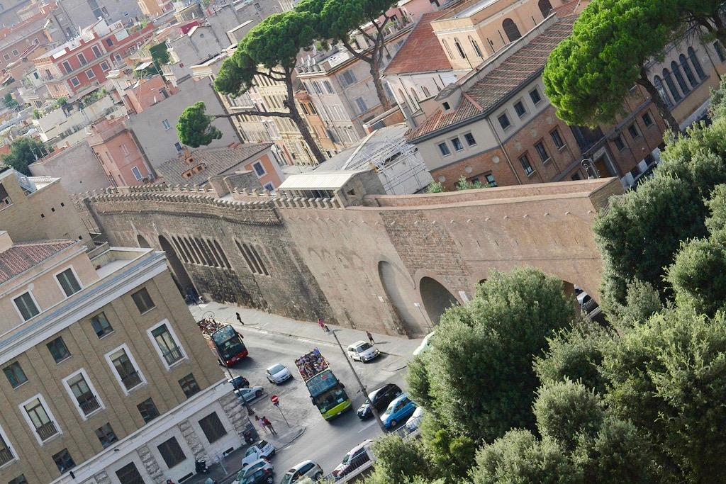 Le Passetto di Borgo Rome