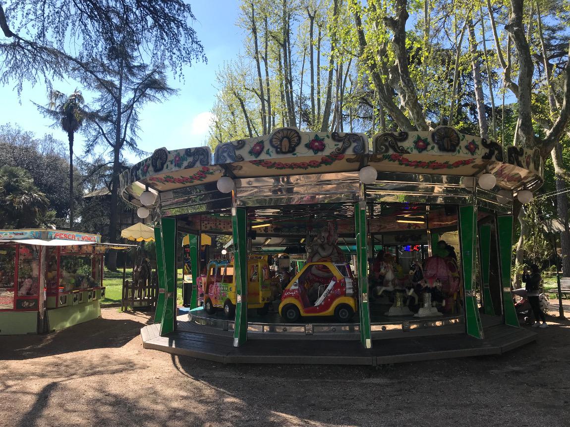 manège enfants villa borghese rome