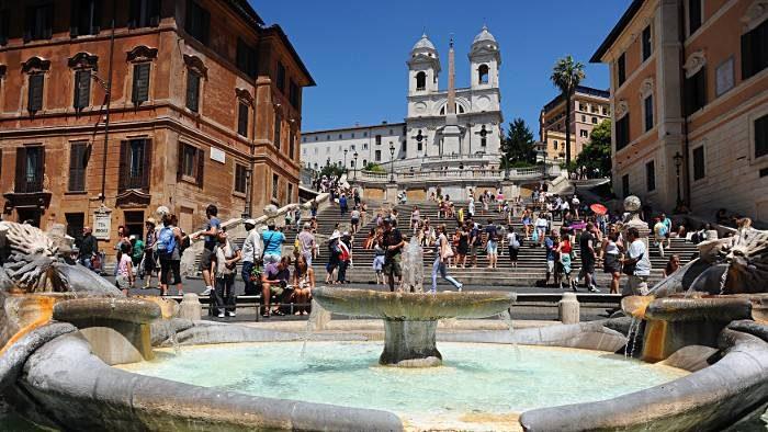 La Piazza di Spagna et l'église Trinità dei Mont