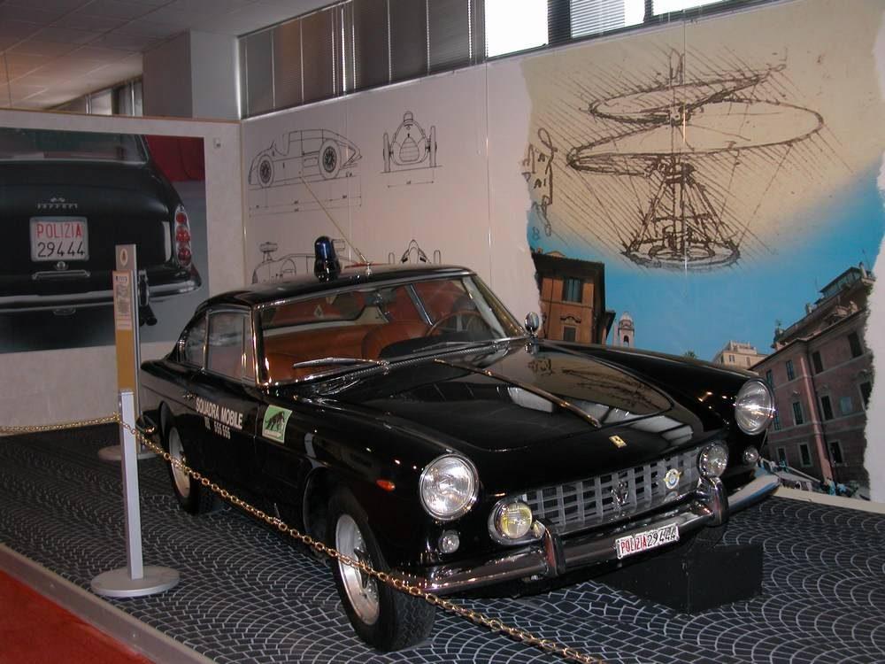 Ferrari 250 GT noire