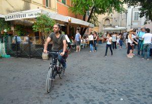 Rome à vélo.
