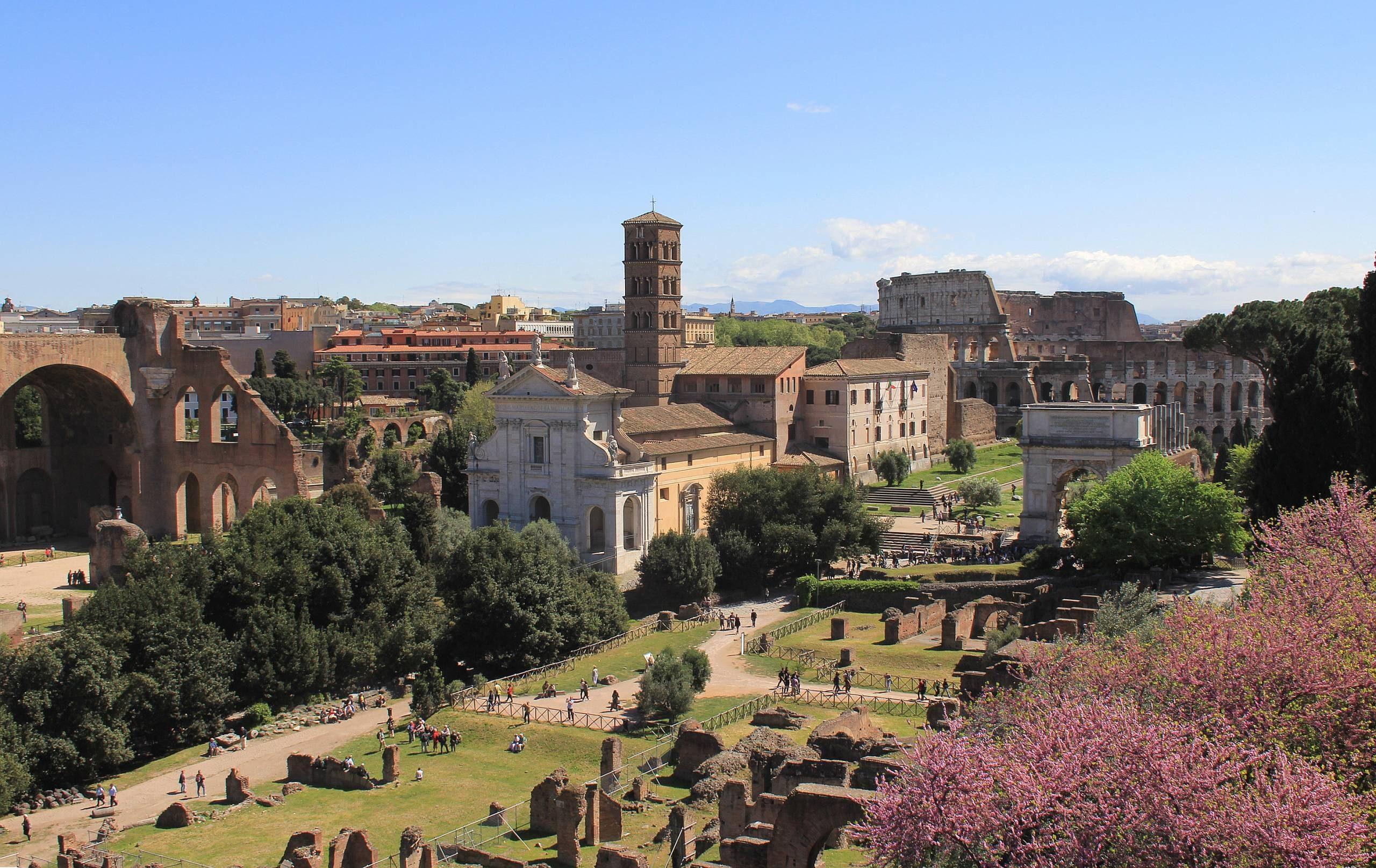 Découverte de rome vue du mont Palatin.