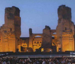 Un opéra aux thermes de Caracalla.