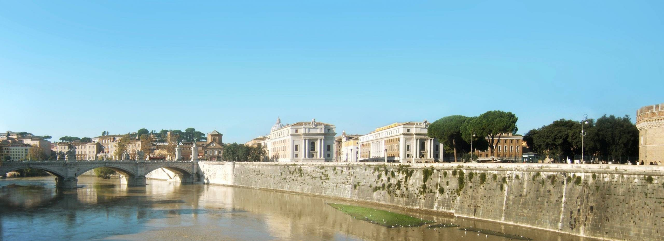 Rome-Tibre-aout.