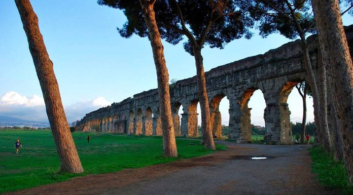 Parc des aqueducs rome.
