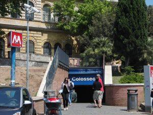 Station Colisée métro Rome.