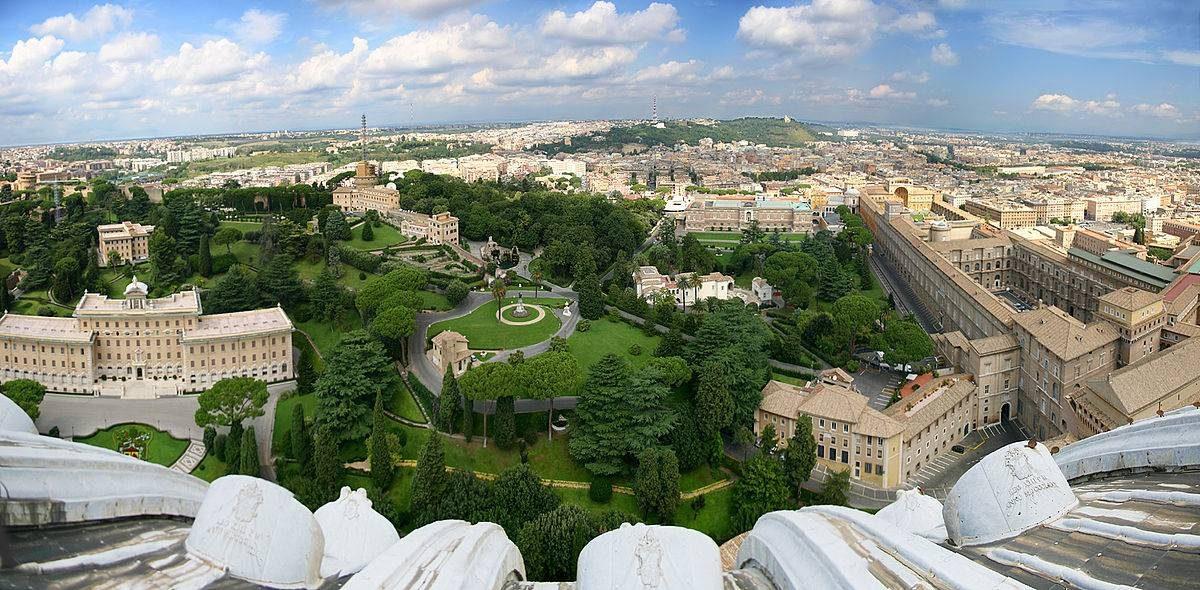 Vatican jardins Rome.
