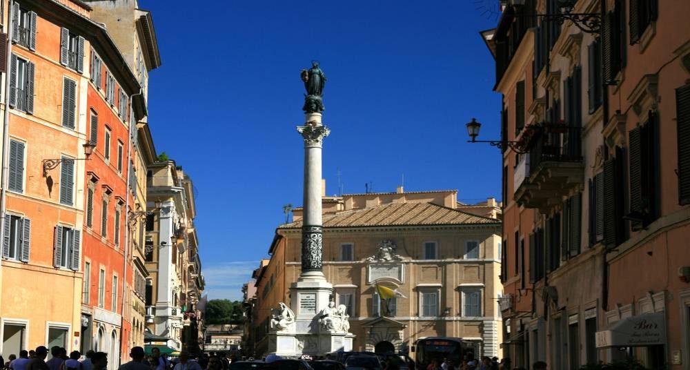 Noël colonne Immaculée Conception Rome.