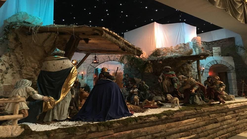 Nouvelle crèche Noël Rome.