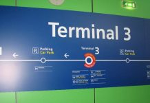 Vueling low cost roissy terminal