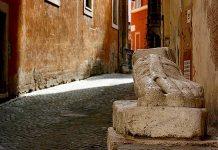 pie di marmo Rome avec des enfants