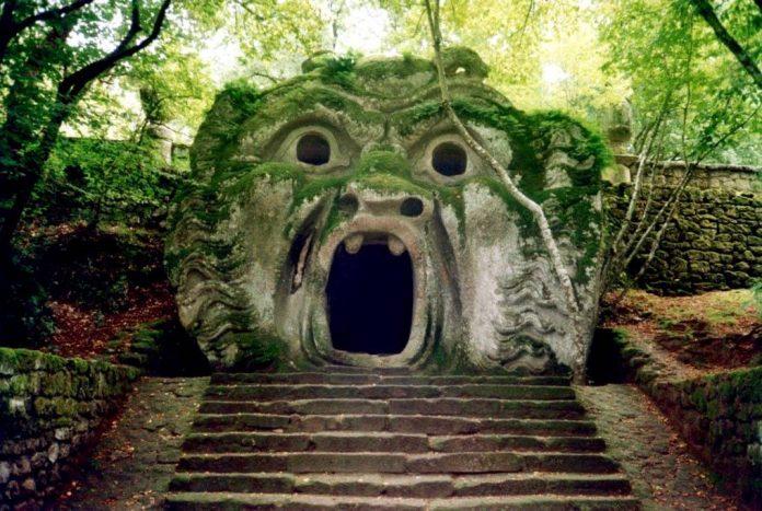 Parc Visite Des Jardins De Bomarzo Ou InsoliteLes Monstres vyN08wmnO