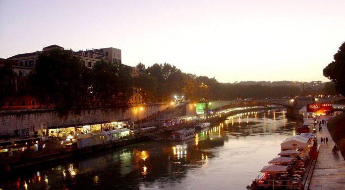 Rome août lungotevere.