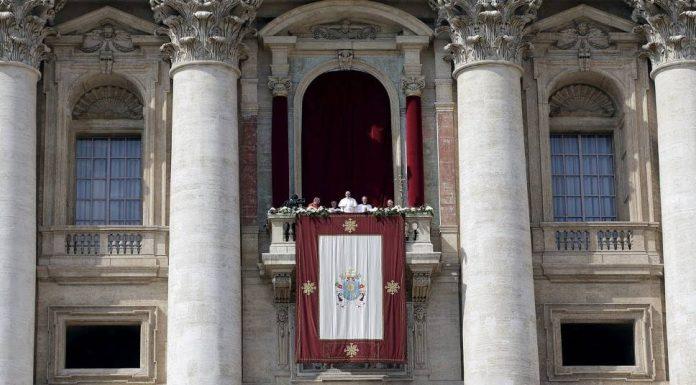 décembre Rome pape bénédiction.