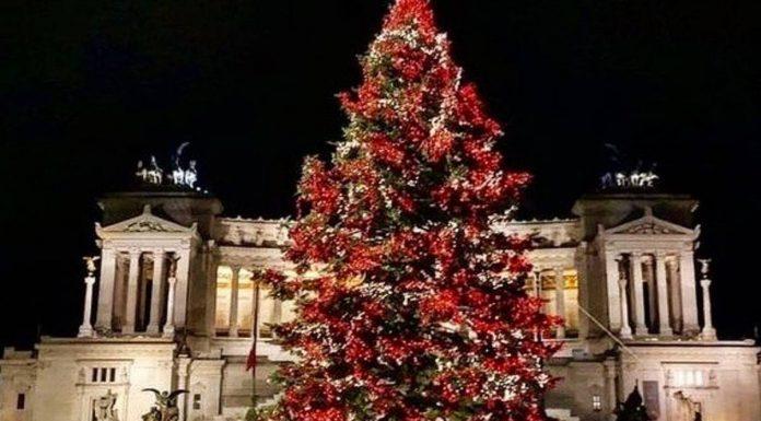 rome-decorations noel sapin